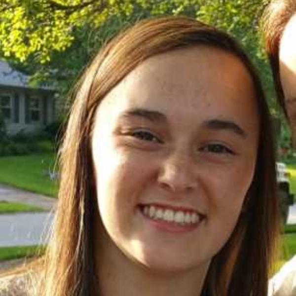 Emily  Devir